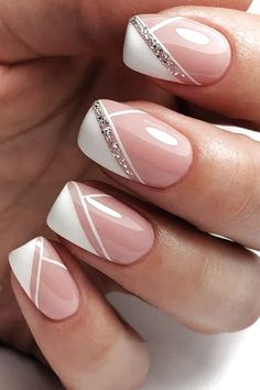 wedding nails design The Best Wedding Nails 2020 Trends wedding nails trends modern elegant french manicure with silver glitter emotionsssss Chic Nails, Stylish Nails, Elegant Nails, Classy Nails, Sophisticated Nails, Nagellack Design, French Manicure Nails, French Manicure With Design, Manicure Ideas