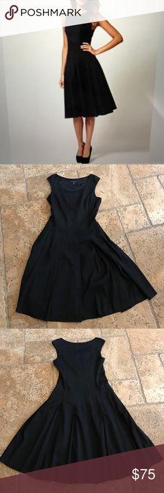 ‼️REDUCED Banana Republic Linen Dress WORN ONCE! Perfect black linen dress that flares Banana Republic Dresses