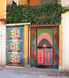 cacaotree:   Colorful Gates, Pogradec, Albania