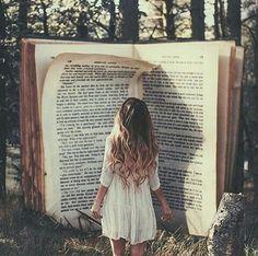 czasami wydaje Ci się, że czytana książka zasłania cały świat...