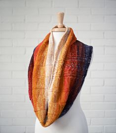 STRIPED LACE INFINITY SCARF