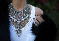 statement necklace + tee