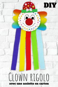 Rainbow clown - carnival, parties, masks Make a clown out of a paper plate, stickers and crepe paper. An easy activity for children (birthdays, carniv Clown Crafts, Circus Crafts, Carnival Crafts, Carnival Parties, Diy Butterfly Costume, Diy For Kids, Crafts For Kids, Clown Party, Serpentina