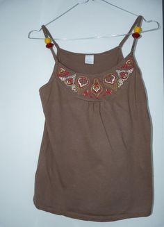 A vendre sur #vintedfrance ! http://www.vinted.fr/mode-femmes/debardeurs/12531022-t-shirt-camaieu-marron