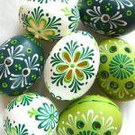 Creative DIY Easter Painted Rock Ideas 71