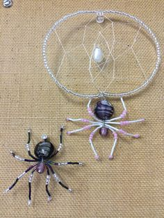 Awww.. I made spiders for work!!! Need to decorate the work space!