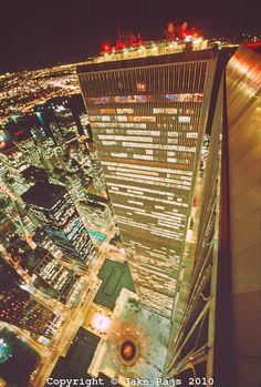 World Trade Center, Twin Towers, looking down at Austin Tobin Plaza, designed by Minoru Yamasaki, Manhattan, New York City, New York, Intern...