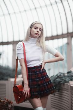 Tbh all I need is sweaters and plaid skirts Moda Fashion, 90s Fashion, Korean Fashion, Vintage Fashion, Fashion Looks, Fashion Outfits, Preppy Outfits, Skirt Outfits, Preppy Style