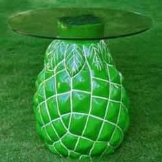 Green pineapple table