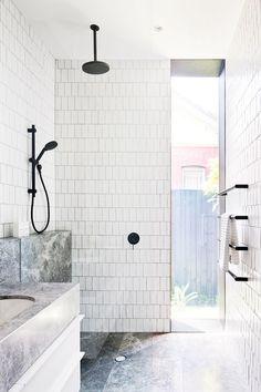 Subway tiles brick laid vertically est living elsternwick house / mim design with mat gibson architecture + design Minimalist Bathroom, Modern Bathroom, Small Bathroom, Master Bathroom, White Bathroom, Modern Minimalist, 1950s Bathroom, Paint Bathroom, Bathroom Marble