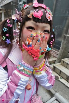 Decora kei ~ Kawaii fashion ~☆彡 Fairy Kei ☆彡 Decora ~ Kawaii style ~ j fashion ~ harajuku ~ gyaru ~ fairy kei ~ lolita fashion ~ gothic lolita ~ pastel goth ~ japanese fashion ~ pop kei ~ Fashion Walk, Tokyo Fashion, Moda Fashion, Harajuku Fashion, Kawaii Fashion, Lolita Fashion, Cute Fashion, Diy Fashion, Harajuku Girls
