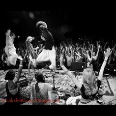 #Kirtaniyas~ #BhaktiFest #LakshmiGraceDesigns #Kirtan #Bhav #Bhakti #Music #Photography
