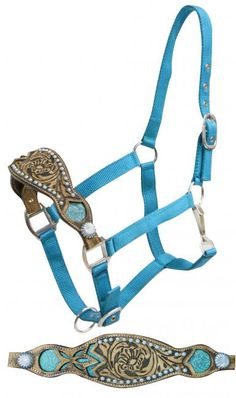 Dark Horse Tack is proud to offer... Showman ® FULL SIZE 2 ply teal nylon bronc halter with alligator print inlay. This halter features a 2 ply teal nylon harness with a soft leather floral tooled nos