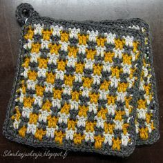 Silmukanjuoksuja: Briketti-patalappu -ohje Crochet Stitches, Knit Crochet, Chrochet, Pot Holders, Diy And Crafts, Weaving, Blanket, Handmade, Inspiration