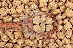 What is textured vegetable protein? Vegetable Protein, Plant Based Protein, Vegetable Nutrition, Healthy Meats, Healthy Protein, Soy Protein Powder, Sweet Potato Benefits, Dog Food Recipes, Cooking Recipes