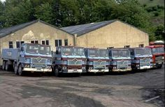 Vintage Trucks, Old Trucks, Old Lorries, Classic Trucks, The Good Old Days, Buses, Transportation, British, Vans