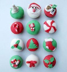 21 Holiday Cupcakes