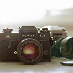 cameracadets:    Leicaflex SL2 and SL by CorgiHouse on Flickr.