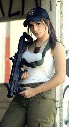 Funny Farting Girl in Office Women Poster, N Girls, Army Girls, Girls Eyes, Female Soldier, Military Girl, Warrior Girl, Military Women, Dangerous Woman