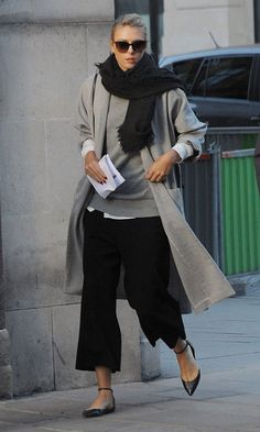 #Casual #look #mocasines #plano #shoes #style #blackandwhite #spain #zapatos #streetstyle