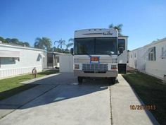 2002 Bounder by Fleetwood for sale by owner on RV Registry. http://www.rvregistry.com/used-rv/1008254.htm