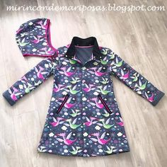 Raincoats For Women London Coat Pattern Sewing, Coat Patterns, Sewing Patterns Free, Clothing Patterns, Cheap Raincoats, Raincoats For Women, Hooded Raincoat, Calvin Klein, Outfits