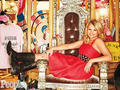 A look inside Miranda Lambert's store, The Pink Pistol. I really wish I could go there sometime!