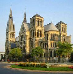 The Notre-Dame-en-Vaux church in Châlons-en-Champagne, France