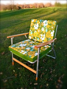 vintage Lawn Chair - my grandparents had similar ones and I totally loved them. I would love to have some cotton fabric in a fun print like this.