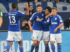 Schalke 04 feierte einen wichtigen, allerdings auch glücklichen 1:0-Sieg gegen den FC Augsburg - und musste diesen Sieg teuer bezahlen: Julian Draxler verletzte sich wohl schwer am Oberschenkel.