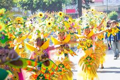17 Most Beautiful Fairs and Festivals in Philippines Sinulog Festival, Festival List, Air Balloon Festival, Fairs And Festivals, Philippines, Most Beautiful, Balloons, Island, Globes