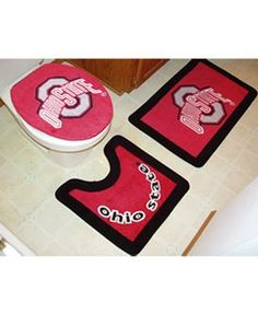 Ohio State Buckeyes 3 Piece Bath Rugs That would look perfect in our OSU bathroom :D
