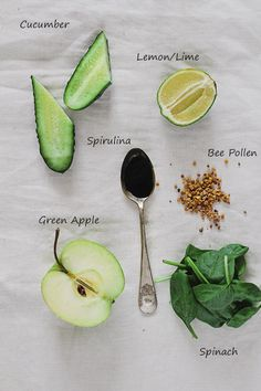 Post-Thanksgiving Green Detox Smoothie1 ripe banana 1 tablespoon bee pollen 2 teaspoons spirulina powder 1 organic green apple, cut in cubes ½ cup freshly squeezed lime juice 1 cup spinach leaves 1 cucumber, cut in cubes ½ cup almond milk