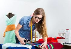 Fashion Capital is the leading fashion institute in London, UK offers the Fashion Training Courses and Fashion Master classes to their students. Doll Dress Patterns, Clothing Patterns, Fabric Scissors, Dog Crafts, Soft Dolls, Training Courses, Learn To Sew, Master Class, Sewing
