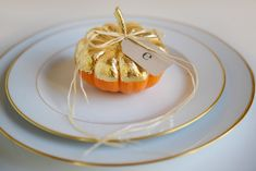 These gilded place cards are guaranteed to make a good impression at any event.