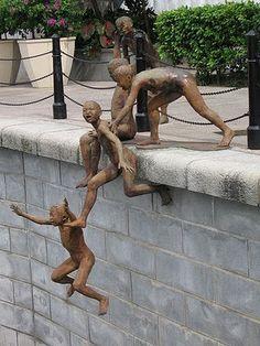 Sidewalk Art. Chong Fah Cheong - The Riverside Sculptor, Singapore
