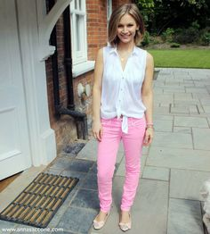 From Anna Saccone's blog, pink pants.