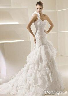 abito da sposa monospalla by Il Giardino delle Fate - Abiti e accessori Taranto (TA) http://www.matrimonio.it/cerca/abiti_e_accessori/taranto/il_giardino_delle_fate/