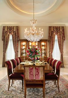 Formal Dining Room - Diane Durocher Interiors not quite the right color scheme. like the color of the walls. Makes everyone look better! Elegant Dining Room, Luxury Dining Room, Dining Room Design, Interior Design Living Room, Interior Decorating, Family Dining Rooms, Living Room Colors, Contemporary Decor, Beautiful Interiors