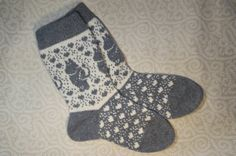 SALE: Wool hand-made socks with moomin pattern by LanaNere on Etsy Socks, Textile Art, Grey And White, Coloring Pages, I Shop, Knitting Patterns, Textiles, Leg Warmers, Dryer