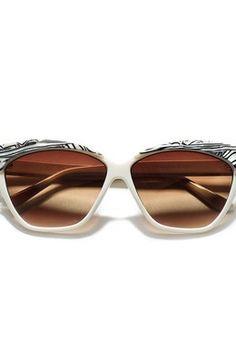 08323aa7041d0 Ver mais. Tendência Moda  Branco. Óculos sol Zara, Apróx 17,95€ Oculos De