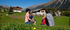 Familienurlaub in Österreich: Urlaub am Bauernhof Dolores Park, Travel, Hotels For Kids, Summer Vacations, Family Vacations, Alps, Viajes, Destinations, Traveling