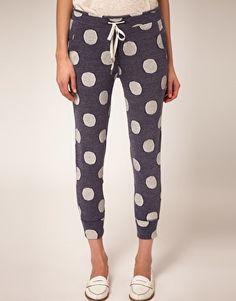 The cute kind of sweatpants #polkadots #pants #fashion
