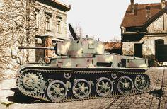 Toldi light panzer with anti-tank gun.