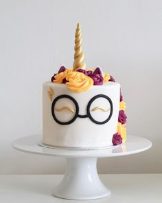 "2,129 Likes, 171 Comments - Maisie's Kitchen (@maisies_kitchen) on Instagram: ""Harry Potter unicorn cake! ⚡️ I may have taken my obsession with Harry Potter too far.. but I…"""