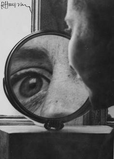 Jusqu 'au 18 octobre 2010, le Musée d'Art contemporain de Rochechouart propose une exposition intitulée « Sensorialités...