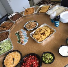 Trying to hold on to a little summer vibe for just a little while longer. Taco Bar, Palak Paneer, Catering, Tacos, Ethnic Recipes, Summer, Food, Del Mar, Summer Time