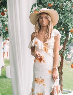 3bec12e65bdc What to Wear to the Veuve Clicquot Polo Classic