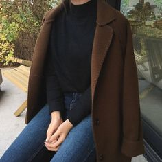 Korean Fashion – How to Dress up Korean Style – Designer Fashion Tips Casual Outfits, Cute Outfits, Fashion Outfits, Fall Winter Outfits, Autumn Winter Fashion, Minimalist Fashion Women, Korean Fashion Trends, Korea Fashion, Vogue