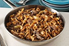 Break out the steak and sour cream for this Creamy Beef Stroganoff. Watch our video to learn how to make delicious beef stroganoff.